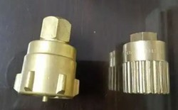 United Cylinder Adapter