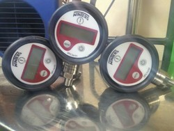 Winters Digital Pressure Gauge Model: DPG 207R11
