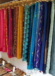 Neelofars Festive Wear Handloom Sarees, 5.5 m (separate blouse piece)