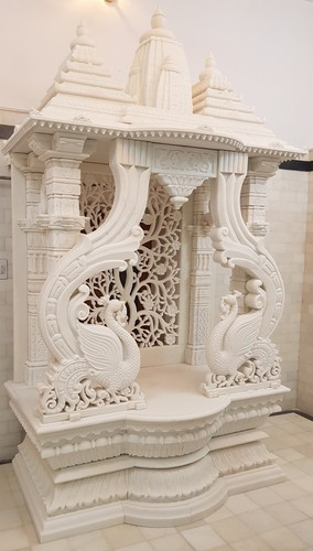 3 Home Decor Trends For Spring Brittany Stager: Heena Marble Supplier 6.6 Feet Hight And 4 Feet Length