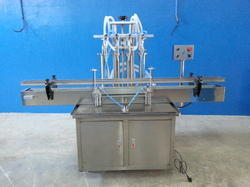 4 Head Liquid Fill Machine