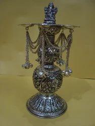 Brass metal Deepak (pillar)