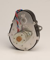 Bi-directional Low Torque Geared Synchronous Motor