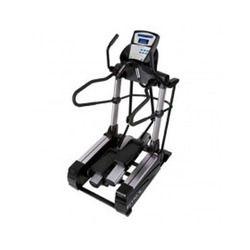CS900 True Fitness Cross Trainer