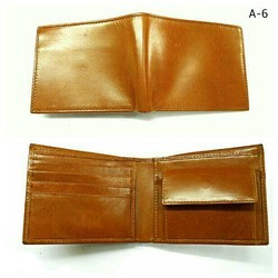 COACH Mens Leather Wallet, Card slots: 4