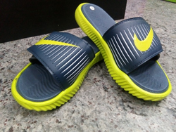 Mens Nike Slippers