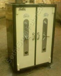 Commercial Locker