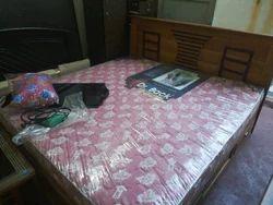 Familt Coat Bed