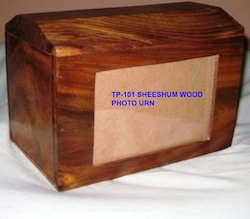 Tp-101 Wood Photo Frame Urn