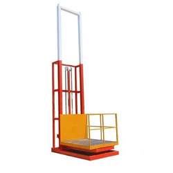 Merrit Hydraulic Goods Lift