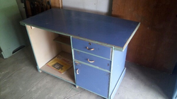 Second Hand Table