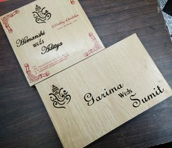 Brown Square Wooden Box Wedding Card, Size: 8x8