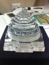 Sphatik Crystal Shree Yantra