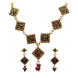 Jewelmaze Party/Anniversary Meenakari Fusion Wear Necklace Set