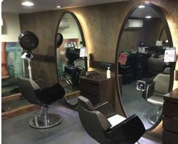Ladies Make Up Facility Services