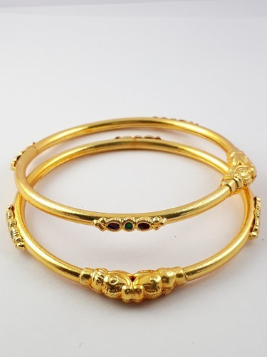 Bhanu diam Copper Gold Plated Super Finished Pair Of Kada Type Bangles