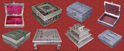 Antiq Aluminium Handicraft Item