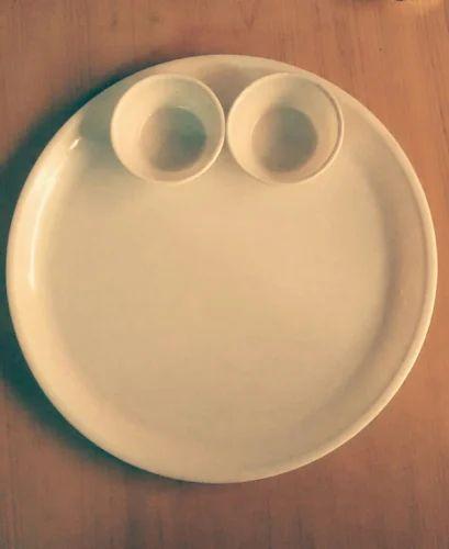 Catering Plastic Plates & Catering Plastic Plates u0026 Dinner Plates Wholesaler from Rajkot