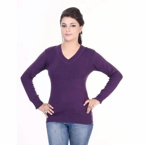 fff355dda37 Deep  s Fashion   Decor - Manufacturer of Ladies Tops   Designer Bed Sheets  from Pune
