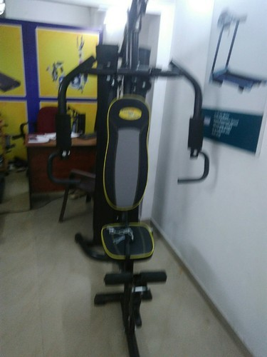 Cardio world home gym model no.: cw solid 400 rs 27000 box id