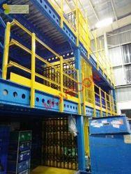 Double Mast Electro Hydraulic Goods Lift