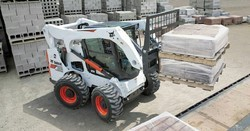 Bobcat Skid Steer Loader Rental Service, Capacity: 1 To 5 Tons, Application/Usage: Demolition