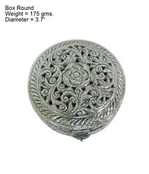 White Metal Round Jewelery Box
