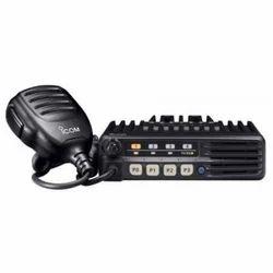 Commercial 2 Way Radio