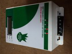 Solar Charge Controller 12/24V - 20A LCD