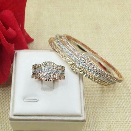 Yellow Gold Nakkash Jewellers Diamond Bangles with Ring, Packaging Type: Box