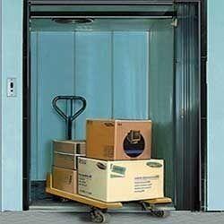 Hydraulic Freight Lift