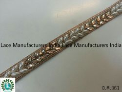 DM361 Fancy Laces