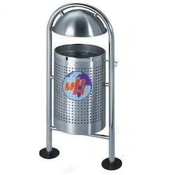Road Side Stainless Steel Pole Wastebasket