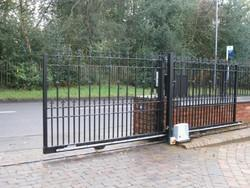 Automatic MS Sliding Gates