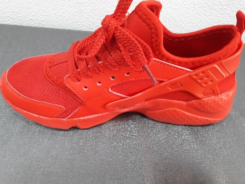 Pineberry Shoes Wholesale Supplier