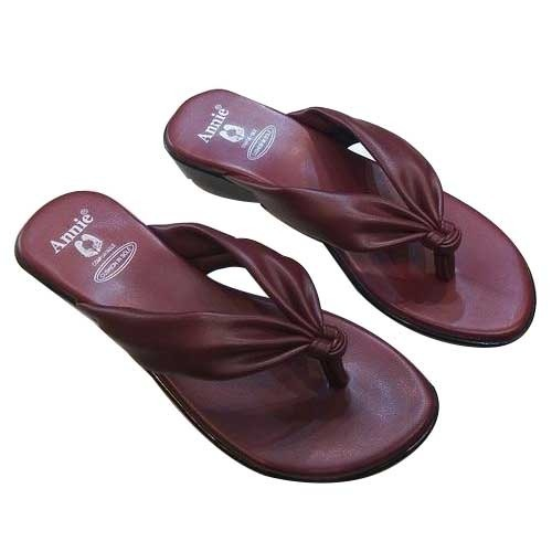 9e57137999a2 Ladies Fancy Chappal at Rs 300  pair(s)