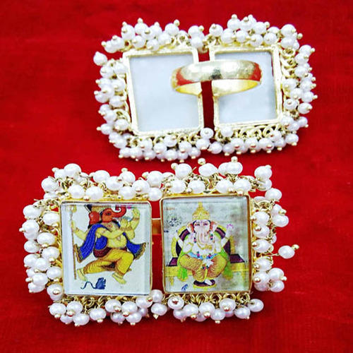 Multicolour Photo Frame Finger God Ring