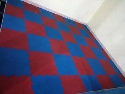 Black and Maroon Gym Floor Tile, 10-15 mm,>25 mm