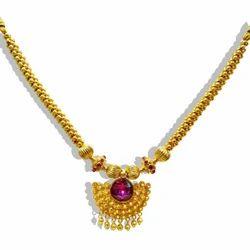 Kolhapuri Thushi Broad Stone Mani Veni Pendal