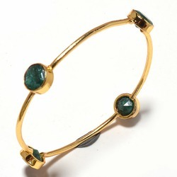 Dyed Emerald Gemstone Bezel Set Bangle