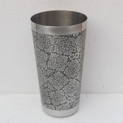 Etched Bar Shaker
