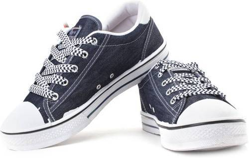 Sparx Blue Canvas Sneakers at Rs 499