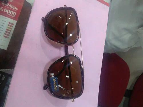 Retail Trader Of Men Sunglasses Ladies Spectacle Frames By Taj
