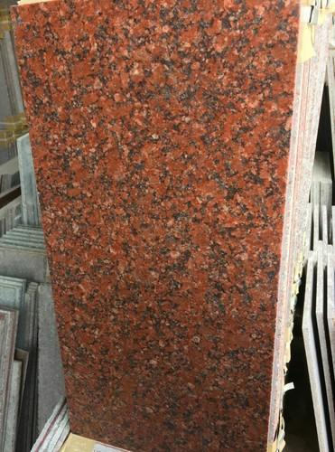 Red Granite Ruby Tiles, 5-10 Mm
