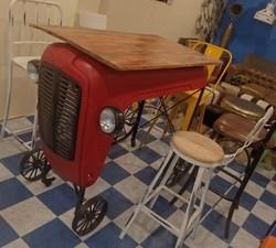 Industrial  Tractor High Table