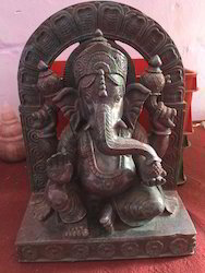 Ethnic Ganesha Statue of Ruby