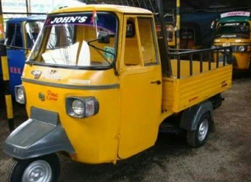 Bajaj Three Wheeler Repairing And Auto Rickshaw Authorized Retail