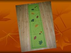 Applique Cotton Runner