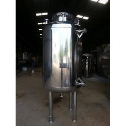 Stainless Steel Chemical Receivers