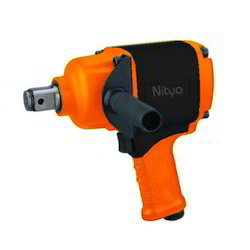 Pneumatic Impact Wrench 1